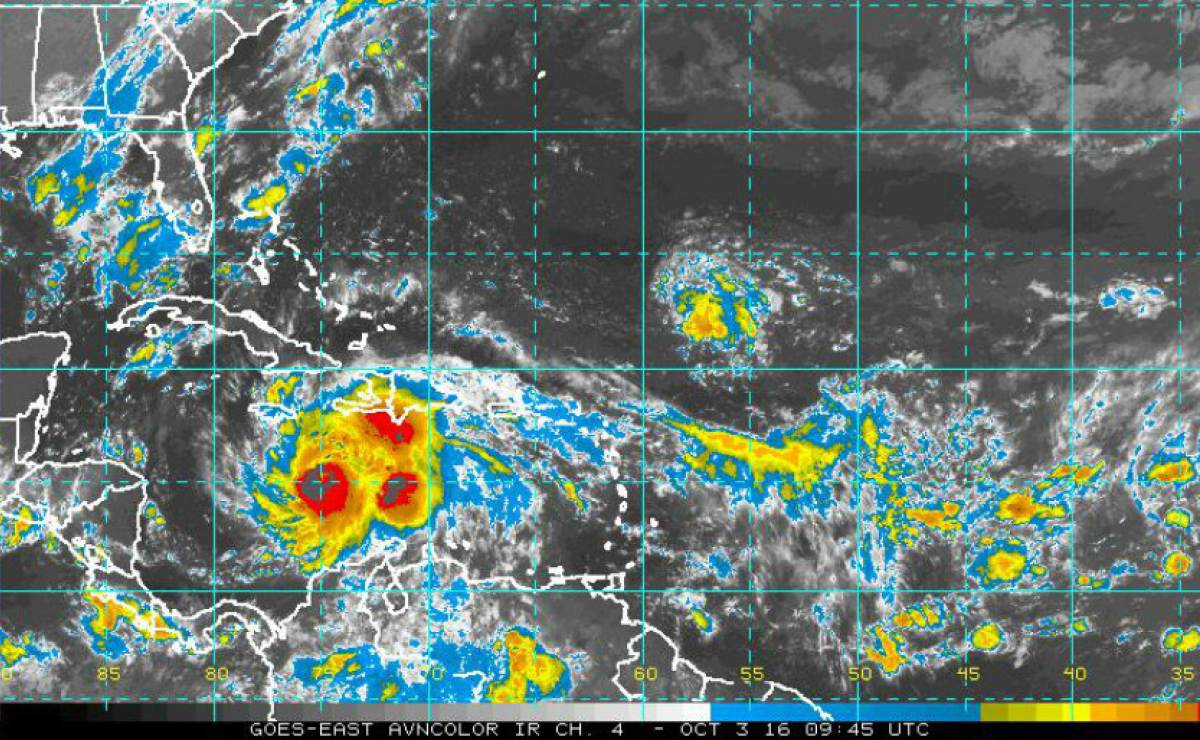 Aviso No. 21: Intenso huracán Matthew continúa lentamente hacia el norte (+VÍDEO)