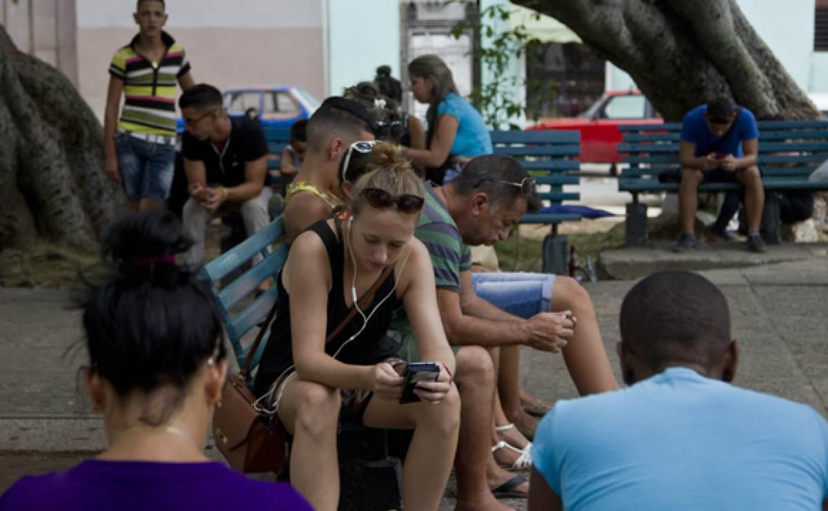Resultado de imagen para Habana Vieja, cuba tendrás conexión internet
