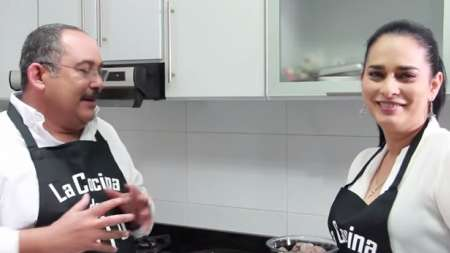 La Cocina de Pujol - GUISO DE MAIZ Temporada 2 Cap 1 (Invitada Jacqueline Arenal)