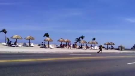 Otro vídeo de la playa en el Malecón de La Habana