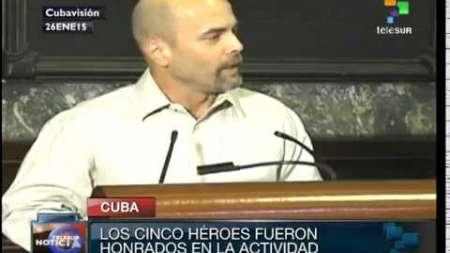 Cuba: Fidel Castro apoya el acercamiento con Estados Unidos (teleSUR)