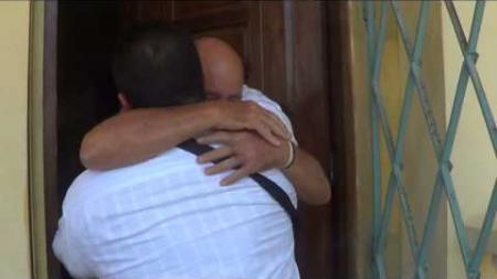 Viaje sorpresa a Cuba Parte 2, Visita al padre 10 años después.