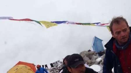 Impactante vídeo de la avalancha en el Everest