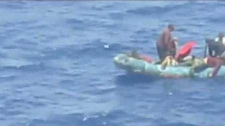 Crucero de Royal Caribbean rescata a un grupo de balseros cubanos en el medio del mar