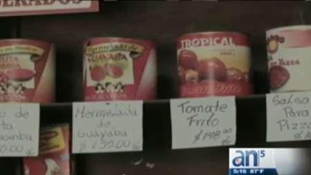 Los cubanos pagan altos precios por alimentos enlatados