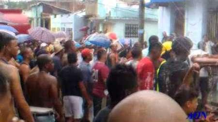 Incendio en barrio de Santiago de Cuba destruye dos casas