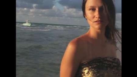 Balseros irrumpen en una sesión de fotos en las playas de Miami Beach