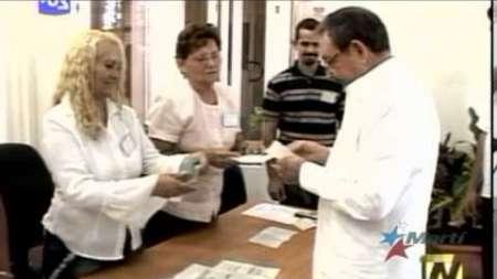 Candidatos opositores participan en comicios municipales en Cuba