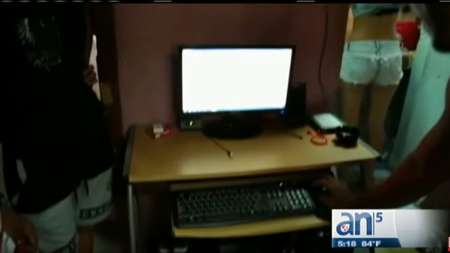 A falta de internet, los cubanos utilizan cada vez mas el paquete de la semana