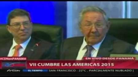 Las disculpas y piropos de Raul Castro a Obama