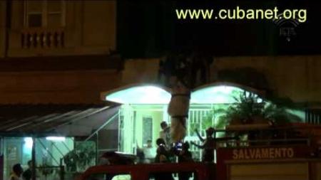 Un hombre se suicida al saltar de un edificio en el Vedado